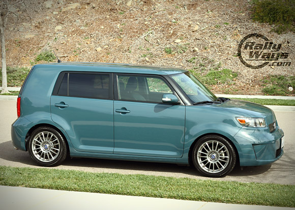 Scion XB 2008 Lowered on Tanabe NF210 Springs