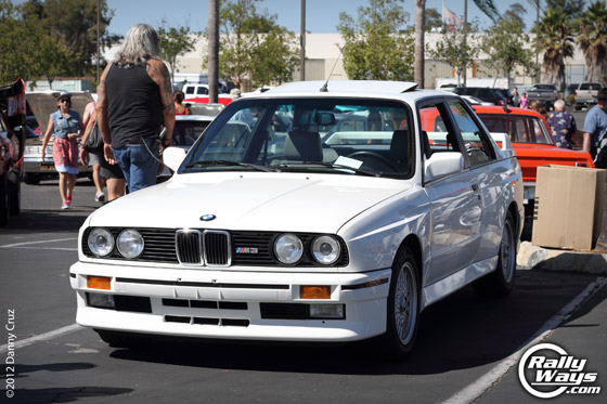 BMW M3 E30 in White