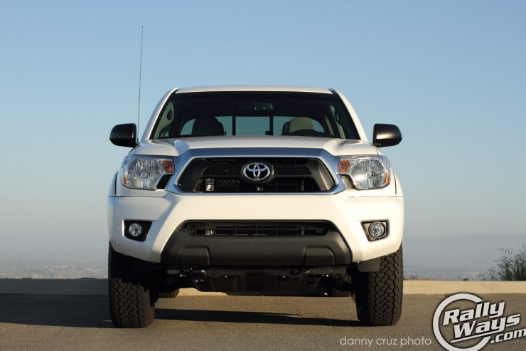 Toyota Tacoma 2013 Front End