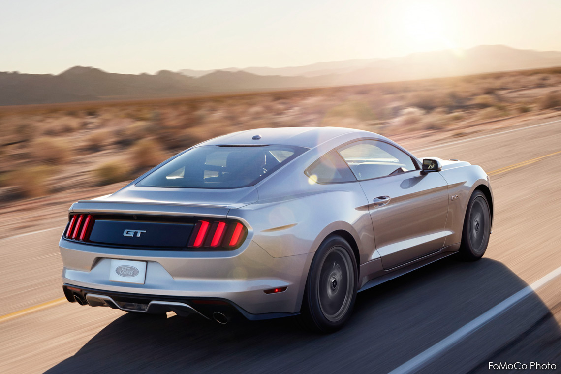 Ford Mustang 2017 Rear Quarter