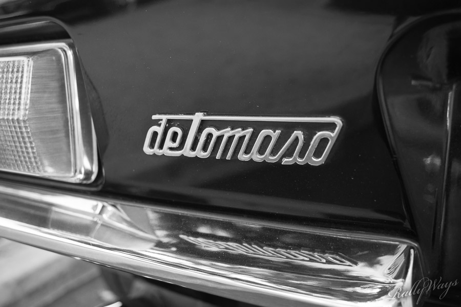 DeTomaso Badge