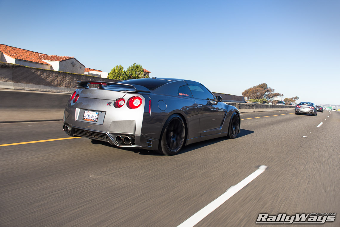 Nissan GT-R R35 at Speed