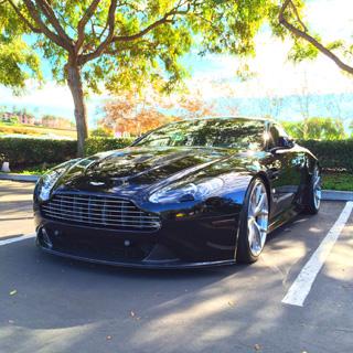 Aston Martin V12 Vantage Instagram