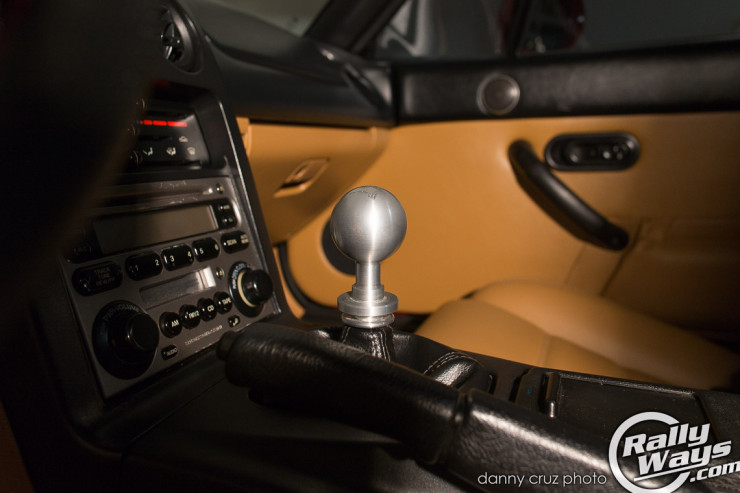 Miata Custom Shift Knob Conversion - Toyota Thread to Mazda