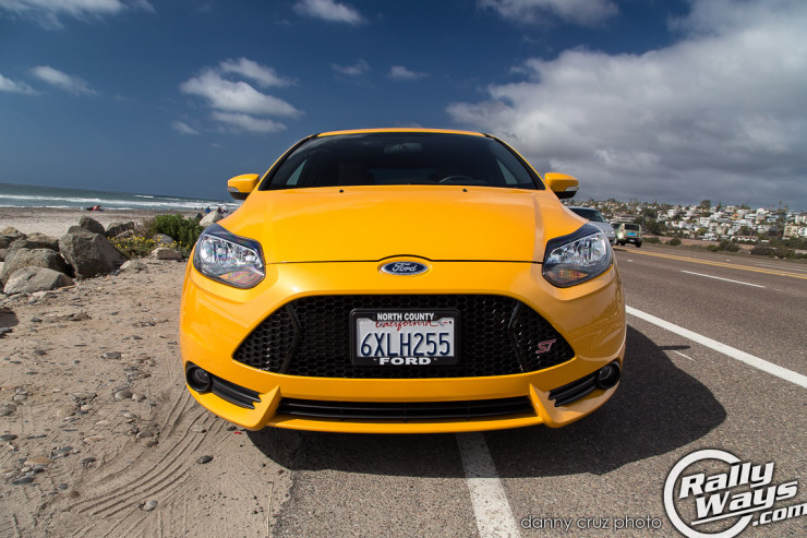 Ford Focus ST 2014 Front View