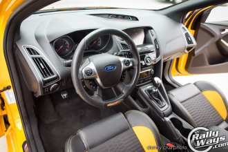 Ford Focus ST Steering Wheel and Dashboard