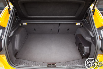 2014 ford focus st trunk space