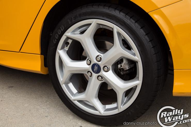 2014 Ford Focus ST Wheels