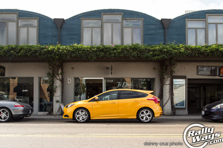 Ford Focus ST in Town