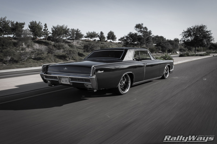 1966 Lincoln Continental Rolling