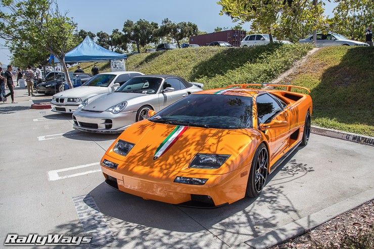 Amazing Lamborghini Diablo in Orange