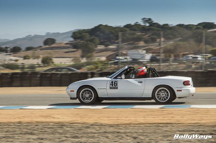White NA Miata track action on Sunday's hot laps - MRLS 2014 - RallyWays