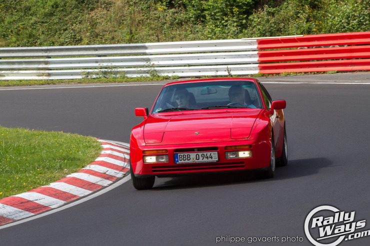 Porsche 944 lapping the Nürburgring