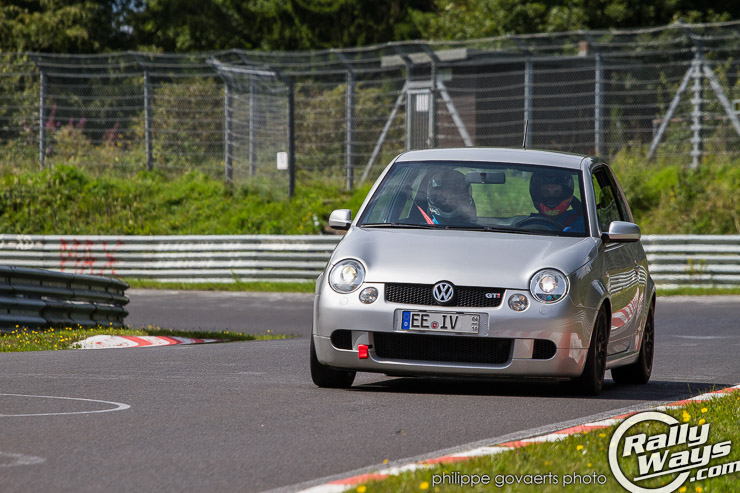 vw_nurburgring_turn