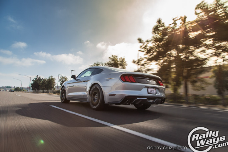 2015 Ford Mustang S550 Driving Speed
