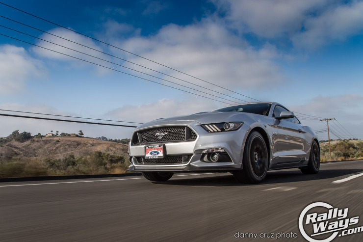 New S550 Mustang Review - Rolling Shot