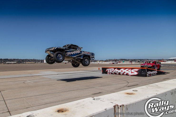 Traxxas Super Truck Jump - Speed Fest 2014