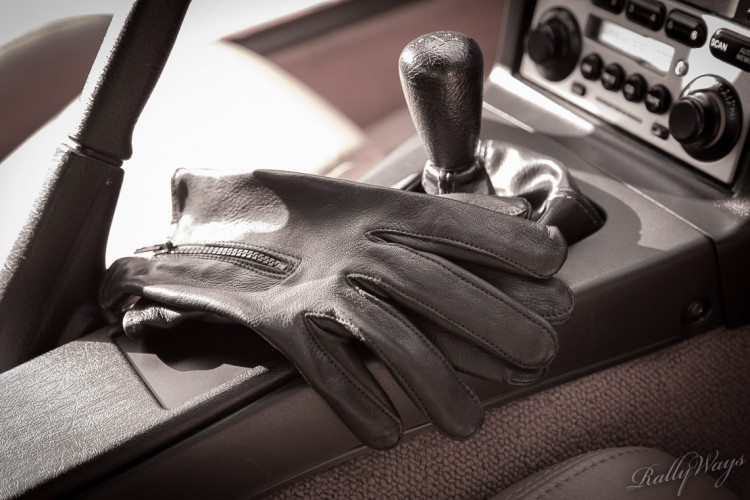 Leather Driving Gloves Defeat Sweaty Palms