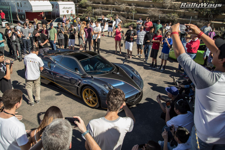 Pagani Huayra Draws a Crowd