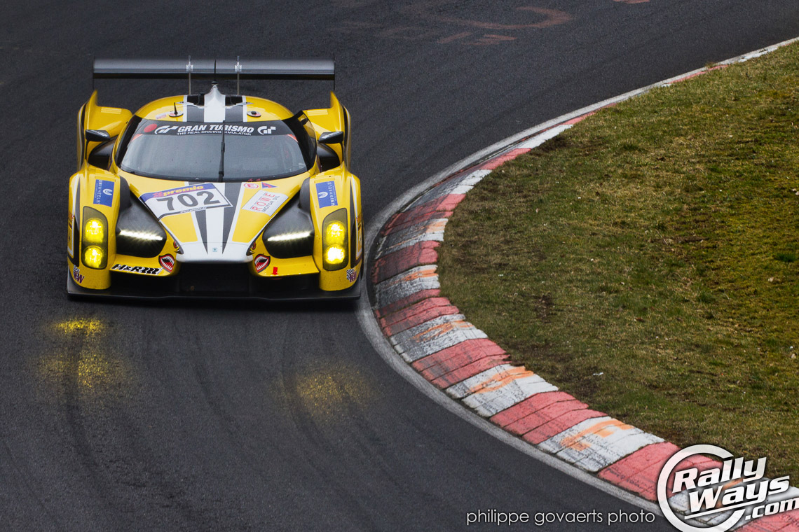 Glickenhaus SCG 003 Full Attack at the Nürburgring