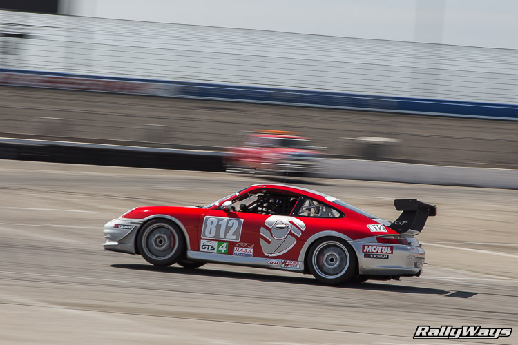Porsche 911 on 3 Wheels