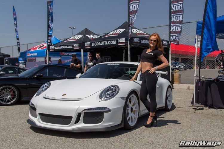 GMG Racing Porsche 991 GT3 and Friend