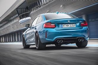 BMW M2 Rolling Shot