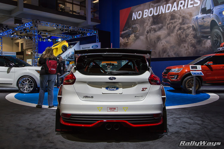 Rally Innovations Ford Focus ST SEMA 2015 - 3
