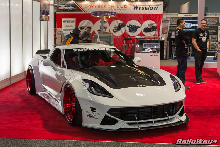 Corvette C7 with Ferrari F12 Look