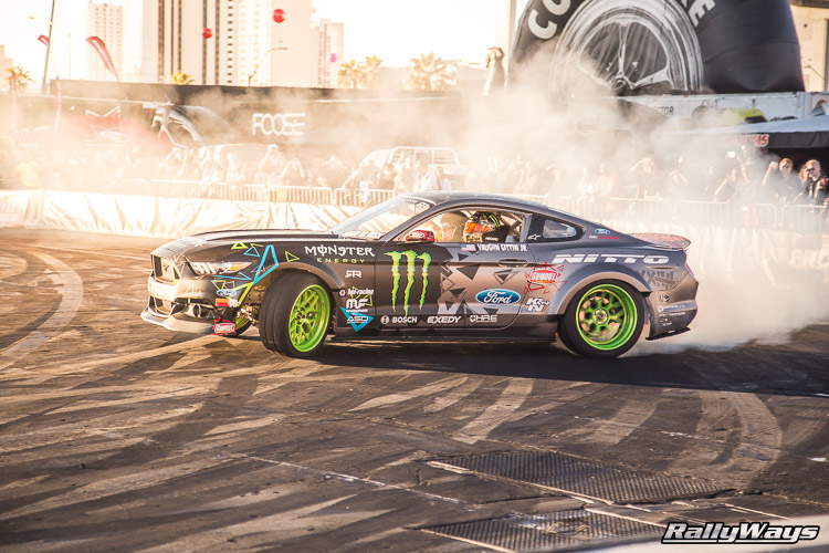 Ford SEMA Mustang Drifting Demo Sequence 9 of 12