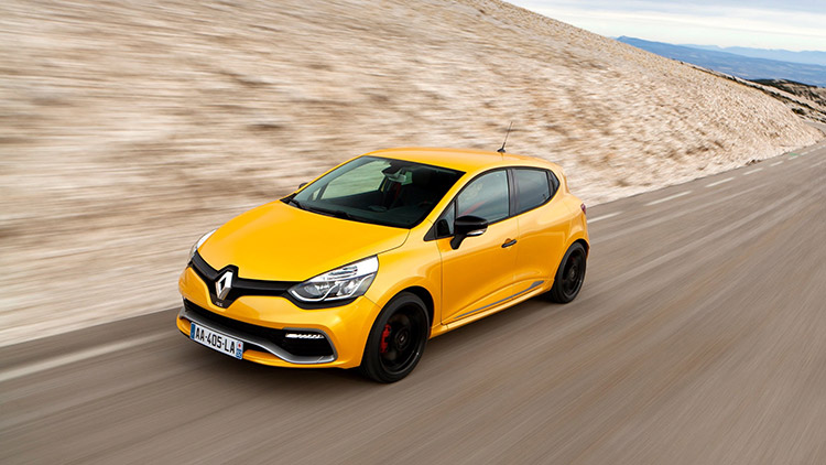 Renault Clio IV RS Rolling Shot